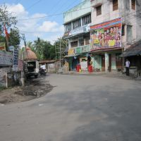 South 24 Parganas Road, Usthi More., Наихати