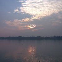 Sunset at Ganges, Панихати