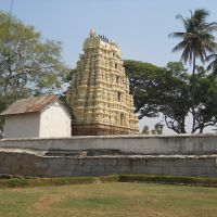 The chariot shed & the gopuram of Someshwara temple., Колар Голд Филдс