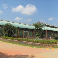 glass house in the park, Hubli, Karnataka, India, Хубли