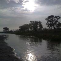 brahmaputra during flood, Дибругарх