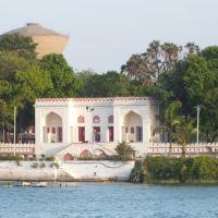 Atal Express Kakaria Lake, Ahmedabad, Ахмадабад