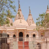 DPAK MALHOTRA, SWAMINARAYAN MANDIR, Opp. SURENDERNAGAR RAILWAY JN. गुजरात  भारत Gujarat Bharat ગુજરાત  ભારત  દેશનું, Юнагадх
