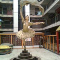 Statue in sriram plaza, Дханбад