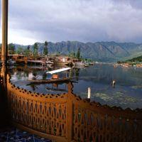 Blick vom Hausboot, Сринагар