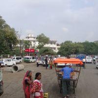 DSC08050  Taxi Stand इंदौरஇந்தோர்Indore21 12.51.40, Кхандва