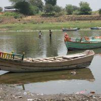 Chandrabhaga river and boats, Пандхарпур
