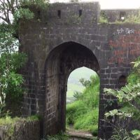 South Gate - Ajinkyatara Fort, Satara.....https://www.youtube.com/watch?v=ApW7b9ps474, Сатара