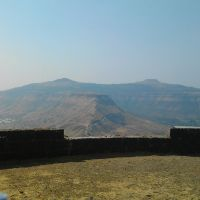 Kas Pathar View on Ajinkyatara Fort by Ruturaj, Сатара