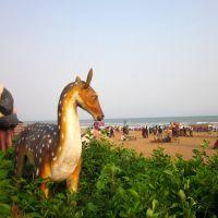 animal statues at Puri beach, Пури