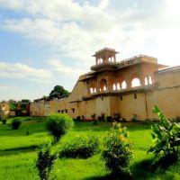 Palace & Garden, Lohagarh, Bharatpur, Бхаратпур