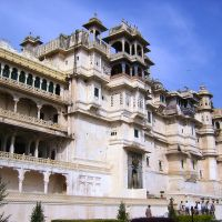 Udaipur - City Palace - esterno, Удаипур