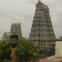 Meenakshi Amman temple -  view from the other side of N Chitral St, Мадурай