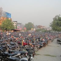 MOTORCYCLE STAND, At Gorakhpur Junction, Uttar Pradesh, India, Горакхпур