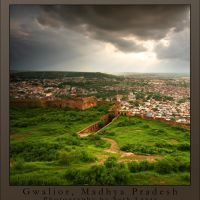 Afternoon Light and the View from Gwalior Fort, Gwalior, Uttar Pradesh, India, Йханси