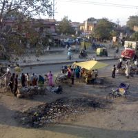 View of Dasu Kua Chauraha, Hamirpur Road, Kanpur, Канпур