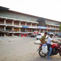 Shopping Mall at Old Bus Stand  Circular Road Bhiwani City Dist Bhiwani Haryana, Бхивани