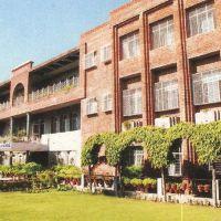 Tagore Baal Niketan Sr. Sec. School, Карнал