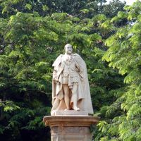 Statue of King Edward VII in Cubbon Park, Бангалор