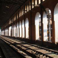 Inside Sealdah Station, Калькутта