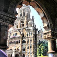 Mumbai Municipal corporation building,view from Victoria terminus, Бомбей