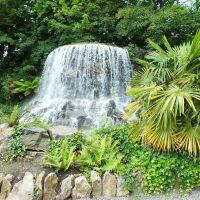 Water Falls in Iveagh Gardens Clonmel St Dublin Ireland, Дан-Логер