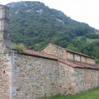 Prerrománico asturiano. Santo Adriano de Tuñón, Гийон