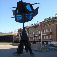 Escultura  estació dautobusos (www.guiamanresa.com), Манреса