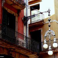 TRES HISTORIAS, UN DETALLE.- ( Three stories, one detail) in Barcelona, Тарраса