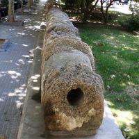 restos de la tuberia realizada por los romanos para llevar agua potable a Cadiz, Алжекирас