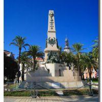 Cartagena- Monumento a los Héroes de Cuba y Cavite......{by FranciscoGC}, Картахена
