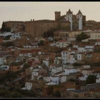 Vista de la parte antigua (Cáceres), Касерес