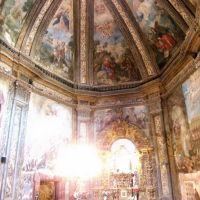San Saturio. Interior capilla. vertical Soria redim, Сория