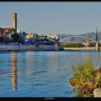 Río Ebro a su paso por Tortosa, Тортоса
