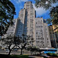 Buenos Aires -Plaza Gral.San Martin -Edificio Kavanagh, Азул