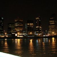 """""""BUQUE BUS"""" Vista Nocturna de """"Puerto Madero"""" llegando al Puerto de """"Buenos Aires""""  """"Arg"""", Буэнос-Айрес"""