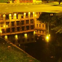 La noche y el charco-----The night and the puddle on the pavement, Буэнос-Айрес