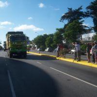 El Dakar 2012 por Av. Juan B. Justo, Мар-дель-Плата