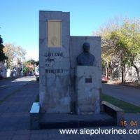 Mercedes - Monumento Luis Cane (www.alepolvorines.com.ar), Мерседес