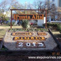 Punta Alta - Plaza Belgrano (www.alepolvorines.com.ar), Пунта-Альта