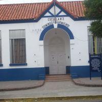 escuela 2, Пунта-Альта