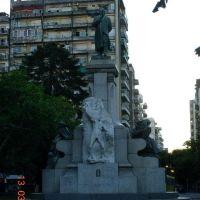 Rosario - Plaza Sarmiento ( www.alepolvorines.com.ar ), Росарио
