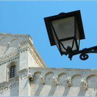 Cattedrale di Bari: particolare, Бари