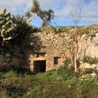 Grotta San Martino, Бискегли