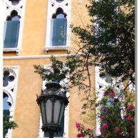 finestre e lampioni, Венеция