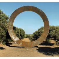 Parco archeologico Scolacium, installazione di Mauro Staccioli, Катанцаро