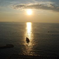 Sant Agnello: tramonto con veliero, Сорренто
