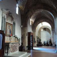 Interno della chiesa di Santa Maria a Piazza, Аверса