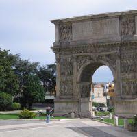 Arco Traiano (lato città), Беневенто