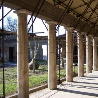 Villa S.Marco di Castellammare di Stabia - Il Portico della Piscina, Кастелламмаре-ди-Стабия